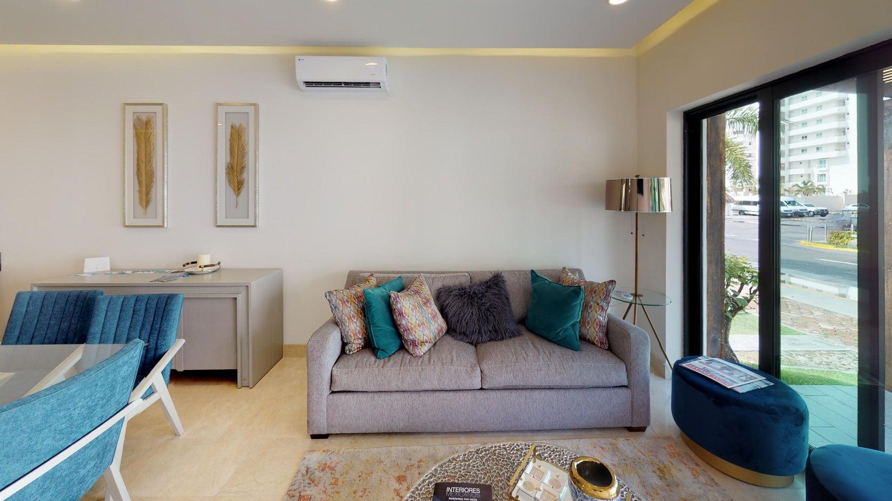 Quinta-San-Miguel-Canal Living-Room (1)