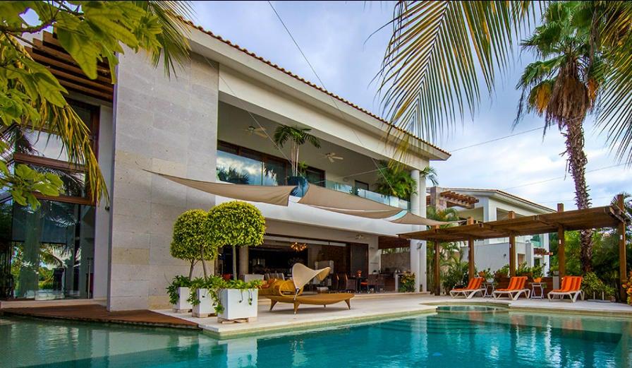 Terrace at Casa Mariposas 66.