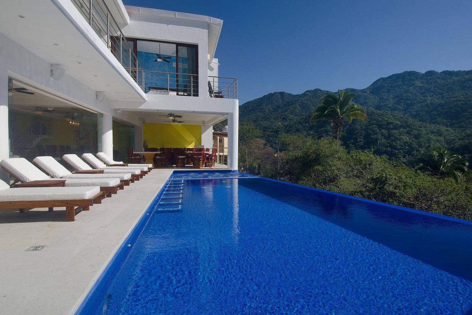 1-casa-mismaloya-luxury-villa-for-sale