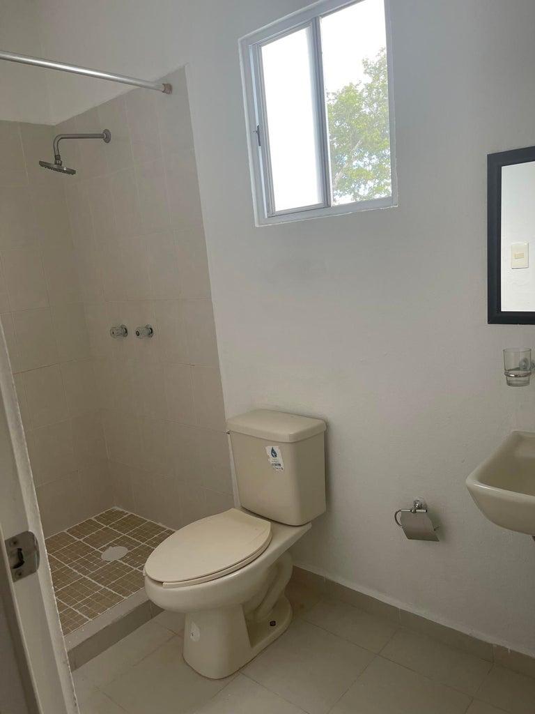 Baño en cuarto principal