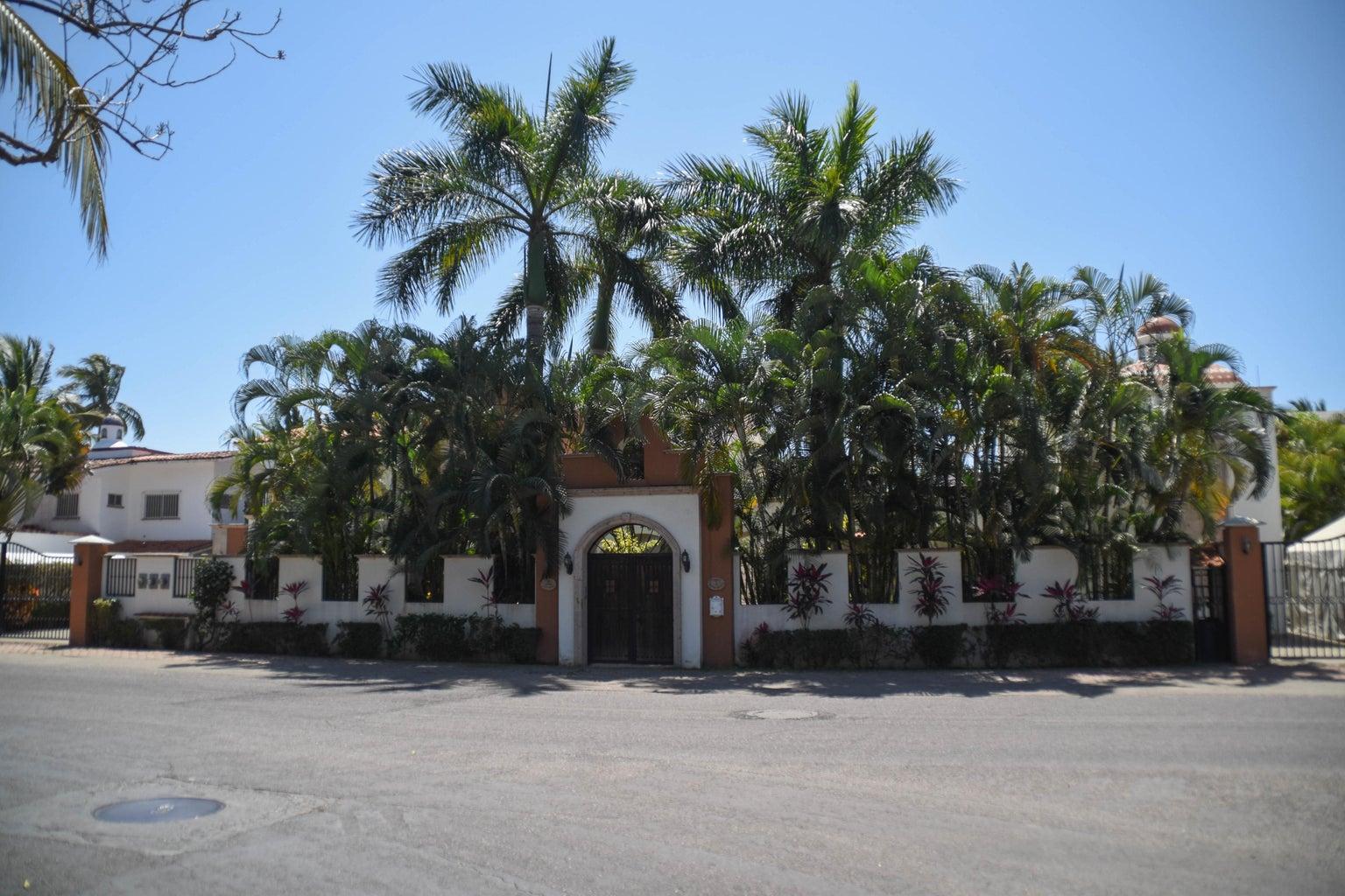 Villa San Miguel Full View Front-3713