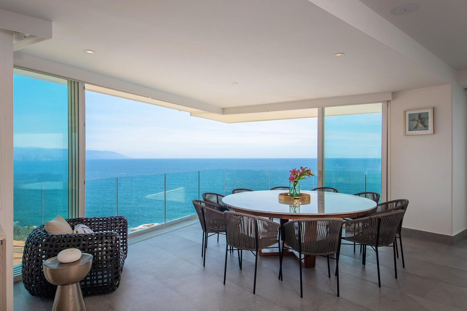 dinning area with breath-taking views