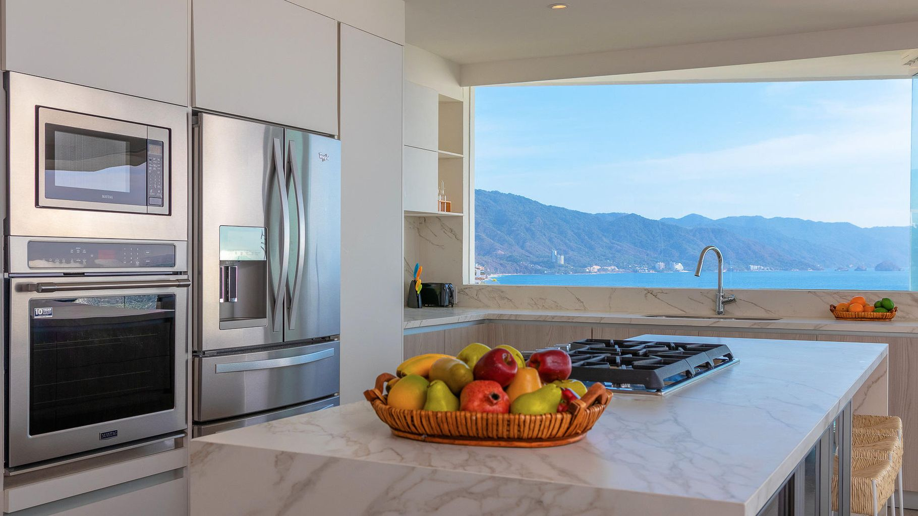 unique kitchen with awesome LOS ARCOS views