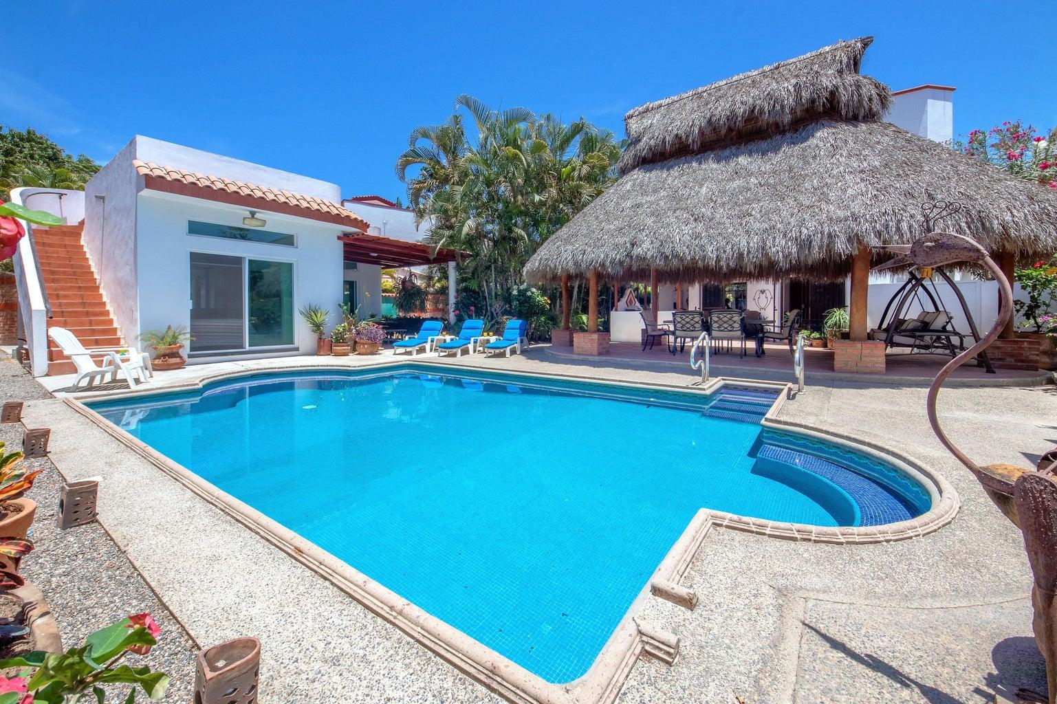view of Casita, pool , palapa