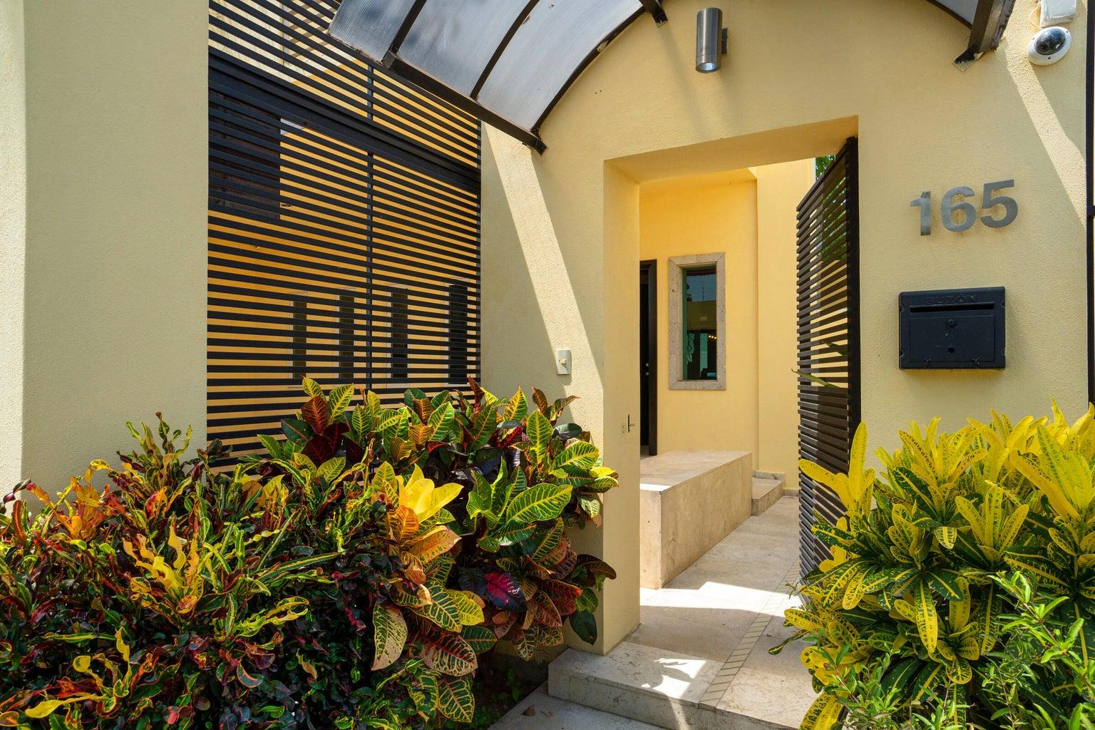 Casa Rio Cutzmala 165