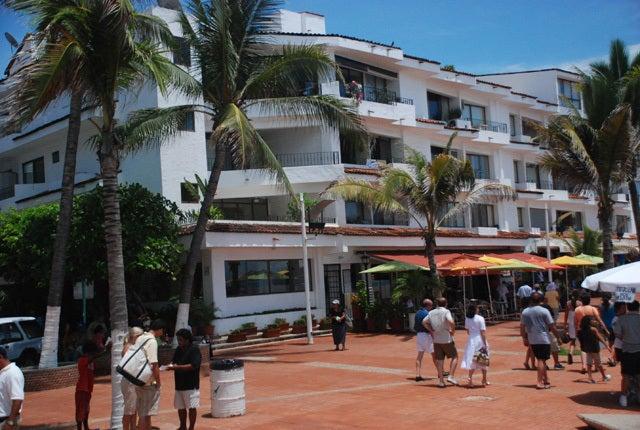 2 Libertad 302, 303, Condo Malecon dos, Puerto Vallarta, JA