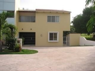 191 Albatros, Casa Yann, Puerto Vallarta, JA