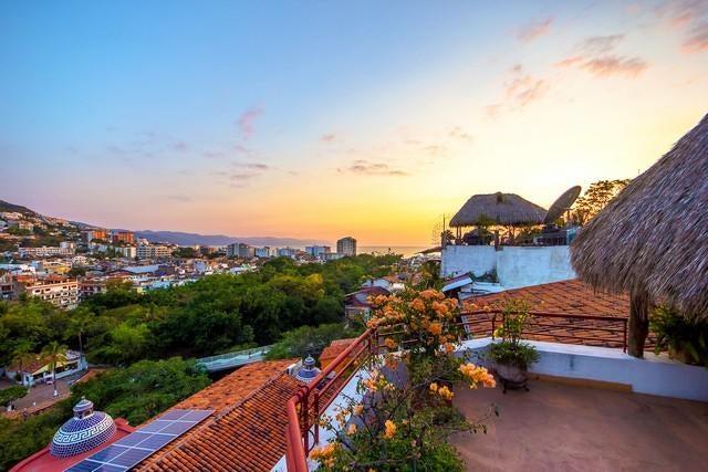 541 Cuauhtemoc St., Villa Oasis, Puerto Vallarta, JA