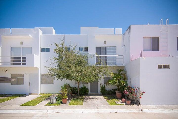 Casa Urania for sale in Las Ceibas