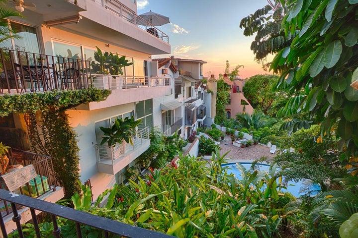 135 Paseo de las Madre Perlas 6, Casa Bella, Puerto Vallarta, JA