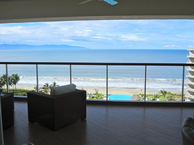 Delcanto Center Penthouse PH 3A