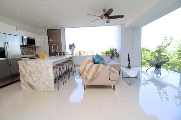 105 Pulpito 204, Scala Residences, Puerto Vallarta, JA