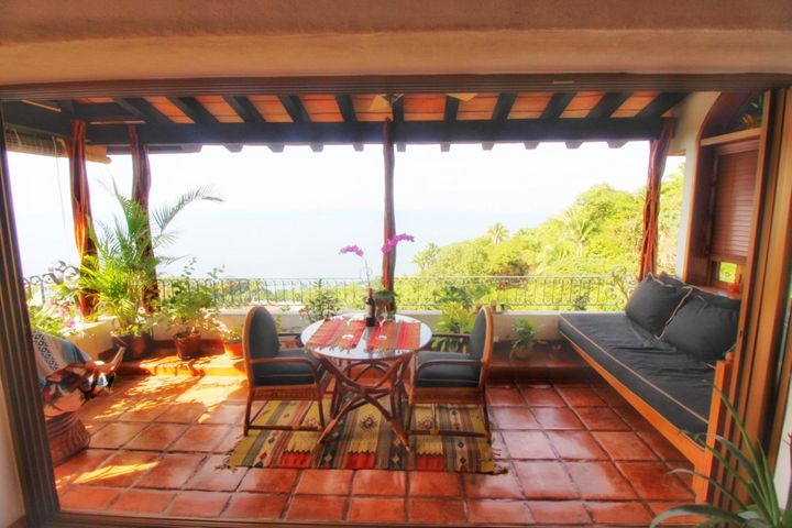 S/N Paseo de las Conchas Chinas C1, Sierramar Villa Bugambilia, Puerto Vallarta, JA