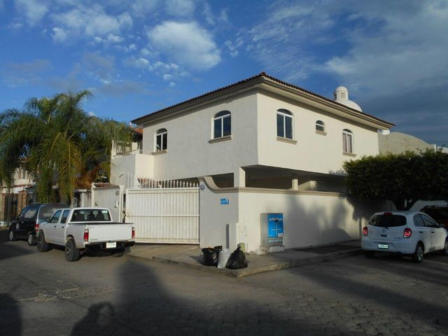 152 Yugoslavia, Casa Karla Maria, Puerto Vallarta, JA