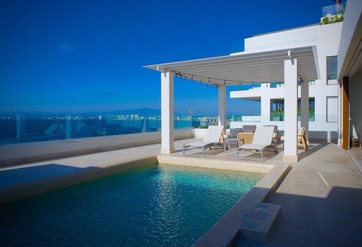 115 LEO 101, SAYAN PH #101, Puerto Vallarta, JA