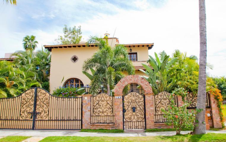 144 Gaviotas, Villa Gaviotas, Puerto Vallarta, JA