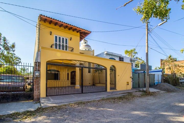 182 Josefa Ortiz de Dominguez, Casa Independencia Moderna, Puerto Vallarta, JA