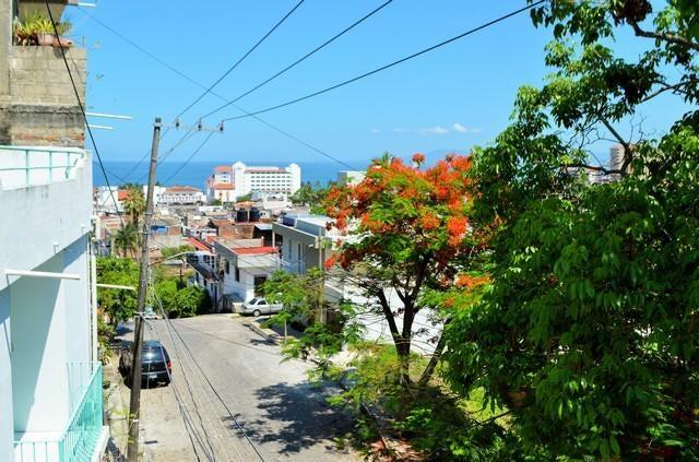 518 Nicaragua, Casa Amarilla, Puerto Vallarta, JA