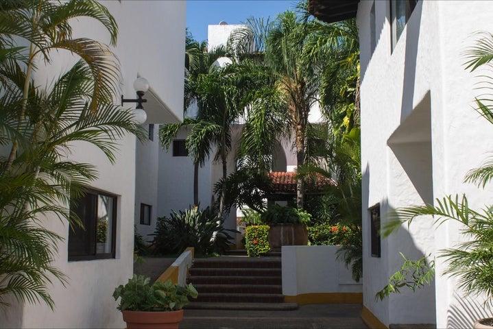 200 PELICANOS 4 Y 5 C, VILLA PELICANOS 4 Y 5 C DUPLEX, Puerto Vallarta, JA