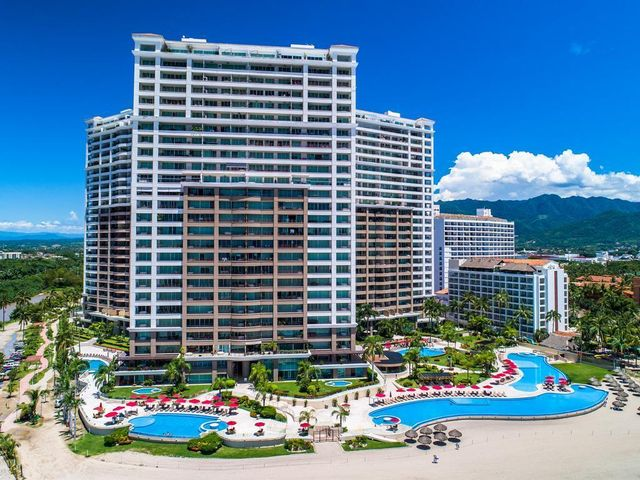 2477 Francisco Medina Ascencio Ave. 3-707, Grand Venetian Tower 3-707, Puerto Vallarta, JA