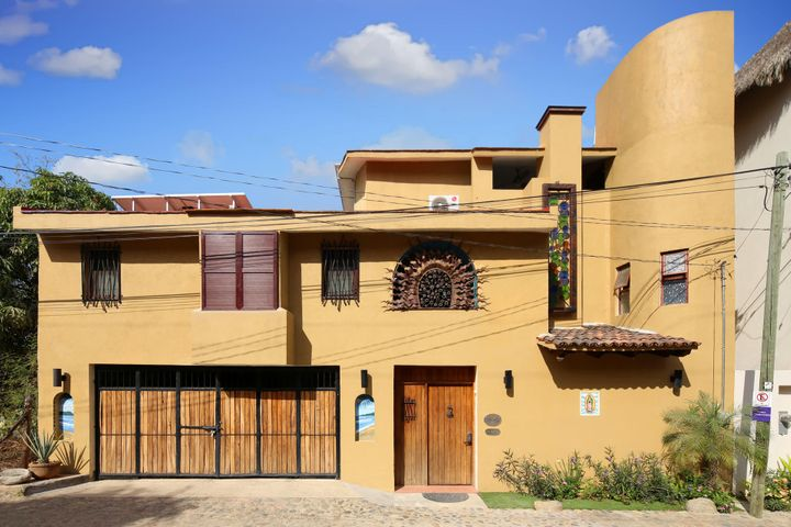 Casa Compadres Front View