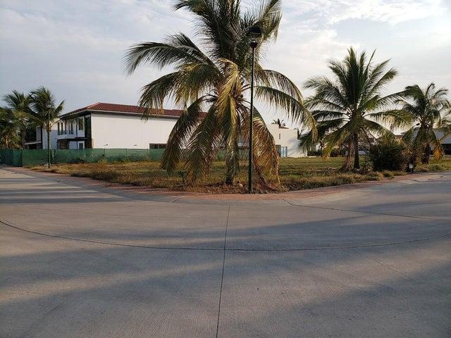 16 Paseo de los Lagos, Vista Lagos, Riviera Nayarit, NA