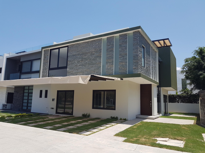 Kupuri House 07