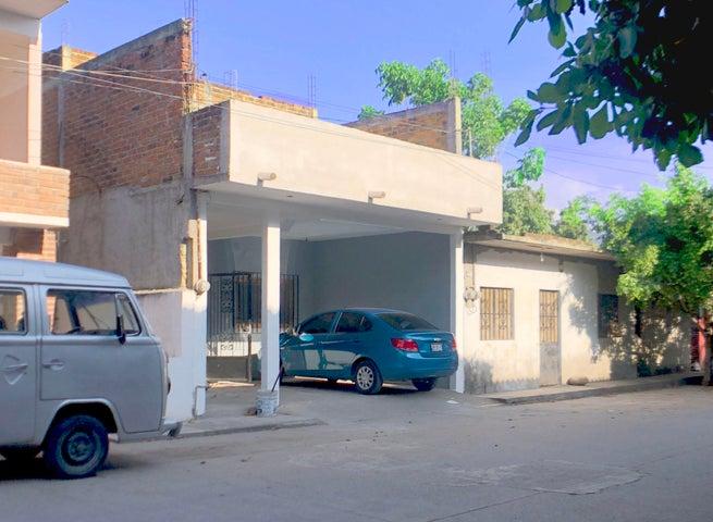 462 España, Casa Ignacio, Puerto Vallarta, JA