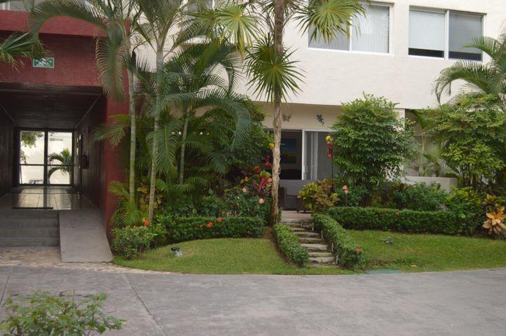 487 David Alfaro Siquieros 104, La Joya Vallarta, Puerto Vallarta, JA
