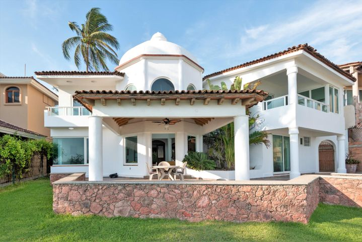 The Bucerias Beach House