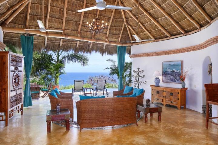 Villa Flores & Casa Piedra Villa