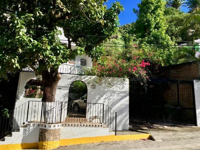 223 Amapas, Casa Dennis, Puerto Vallarta, JA