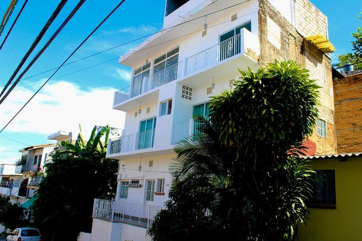 1310 Ecuador, 9 Plex MDU, Puerto Vallarta, JA