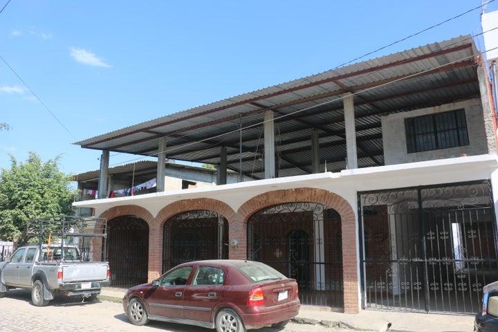 240 Genaro Padilla, Casa Magdalena, Puerto Vallarta, JA