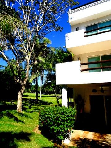 Vallarta Gardens 19