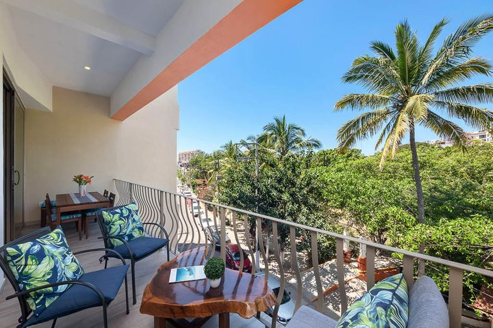 424 Aquiles Serd N, Isla Cuale, Puerto Vallarta, JA