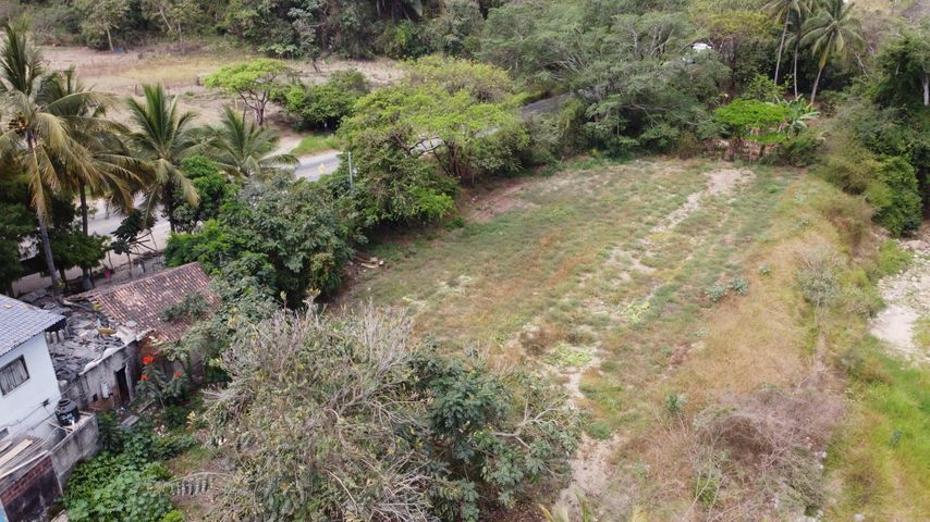 River/Highway frontage lot
