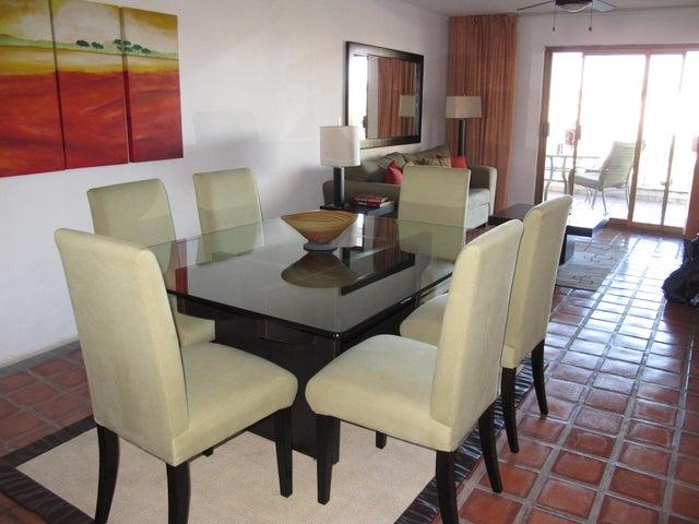 112 POPA 402, Marina Del Rey, Puerto Vallarta, JA