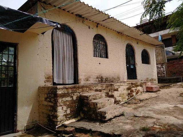 479 18 de Marzo, Casa Santana, Puerto Vallarta, JA