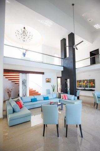Casa Xzavian