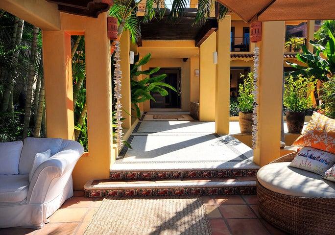 Casa Loma & Lot
