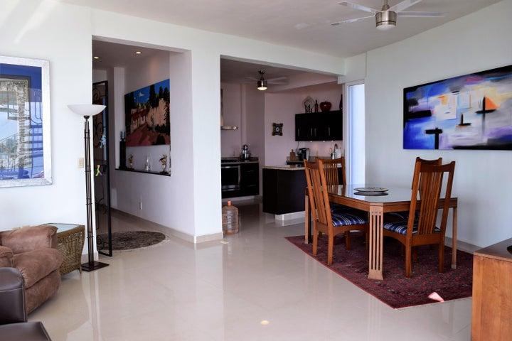 Promenade Penthouse 5