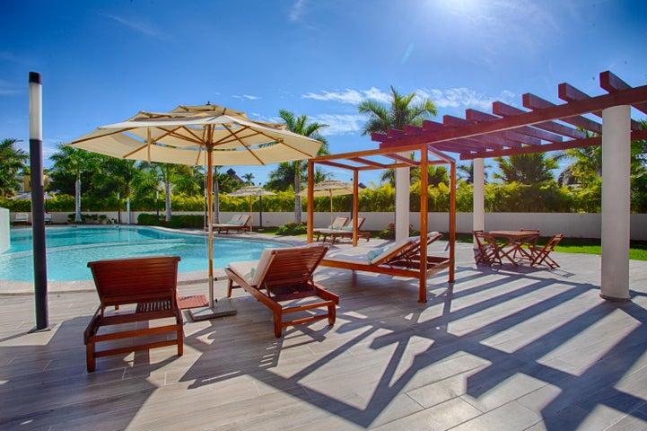 QUADRANT, Luxury Ocean Living 1207