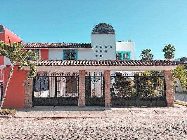 120 MANATI, CASA DELFINES, Puerto Vallarta, JA