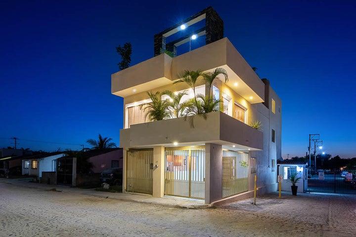 Casa Luna Del Sendero #675-27