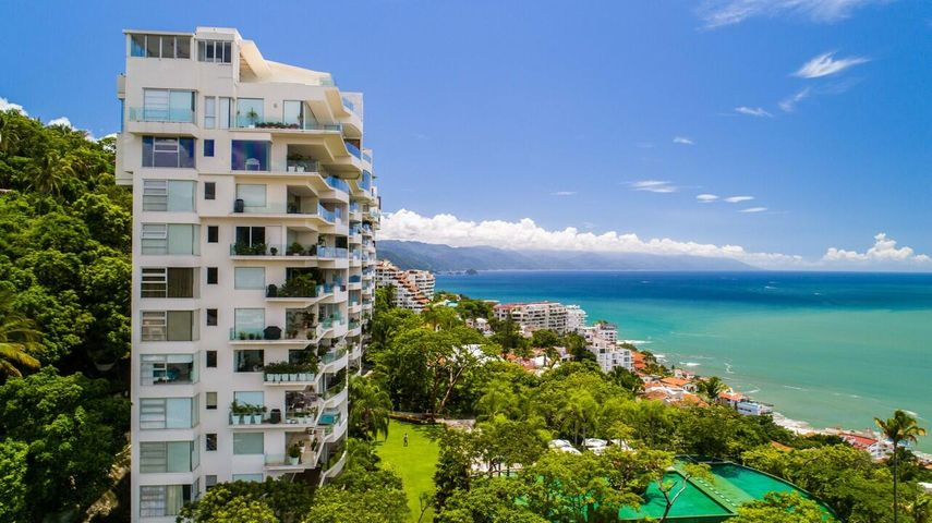 248 Gardenias PH4, Avalon, Puerto Vallarta, JA