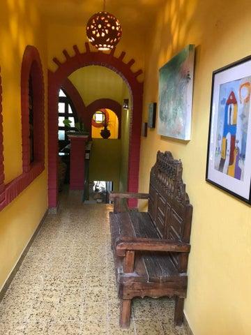 180 Prolongation Colombia, Casa Kevin, Puerto Vallarta, JA