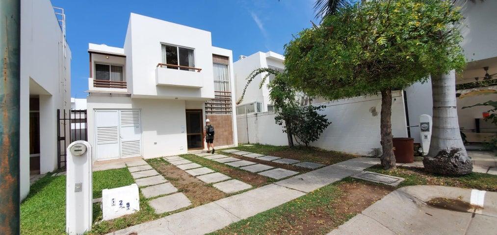 129 Arrecife San Agustin, Casa Las Moras, Puerto Vallarta, JA