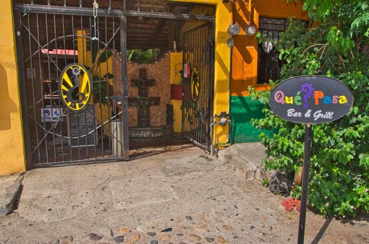 625 Aquiles Serd N, Que Pasa Bar & Grill, Puerto Vallarta, JA