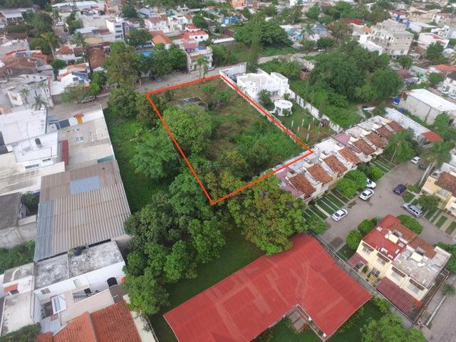 188 Calle Juan Acevedo, Lote Independencia, Puerto Vallarta, JA